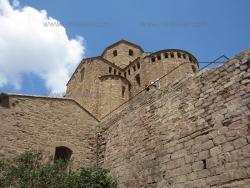 Кардона - величественный замок Каталонии