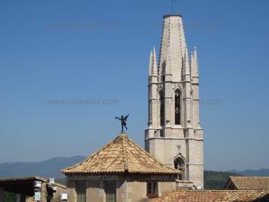 Жирона - город в Каталонии