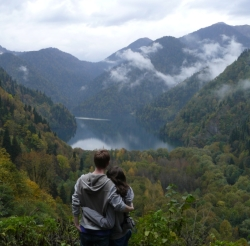 Путешествие в Абхазию через Адлер: Гагра, Озеро Рица, Пицунда